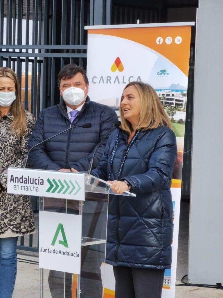 Marifrán Carazo, Consejera de Fomento, en Edificio La Unión, viviendas de alquiler en Huelva promovidas por Caralca